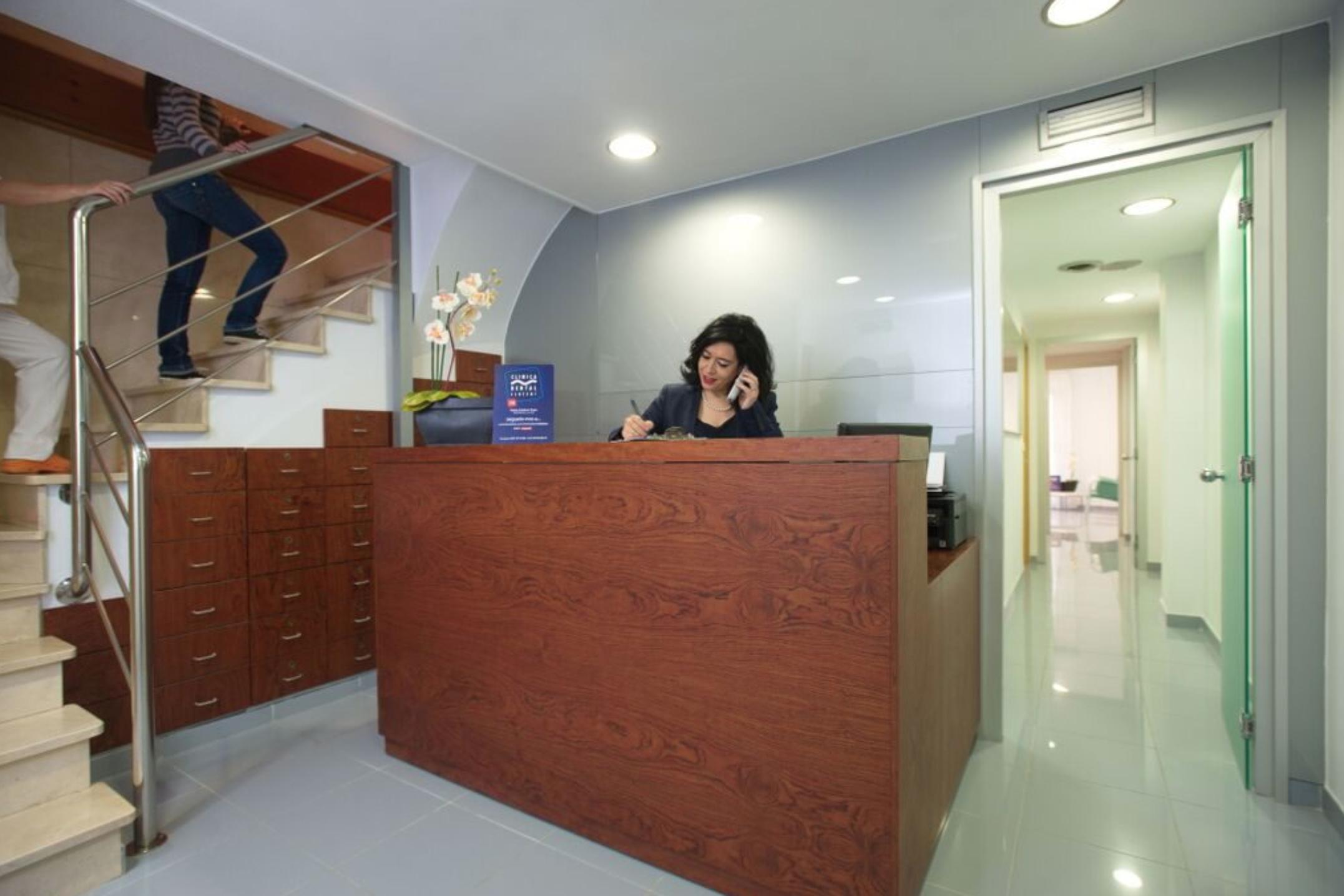 Clínica dental Clofent recepció Tarragona